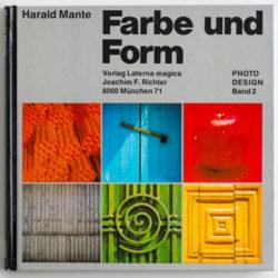Harlad-Mante-Farbe-und-Form