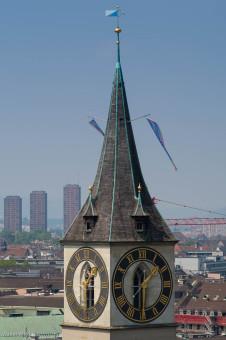 Turm der Sankt Peters Kirche, Zürich.