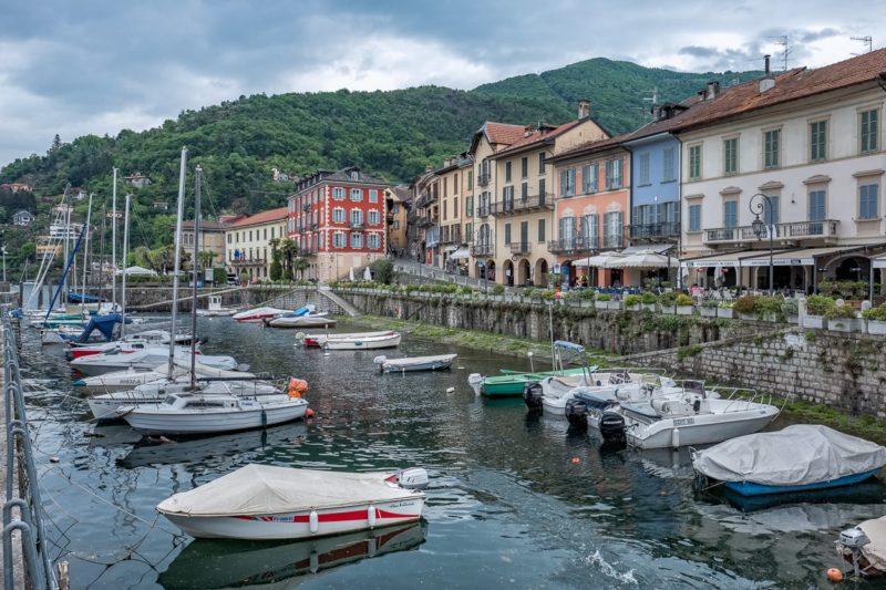 Der kleine Hafen von Cannobio.