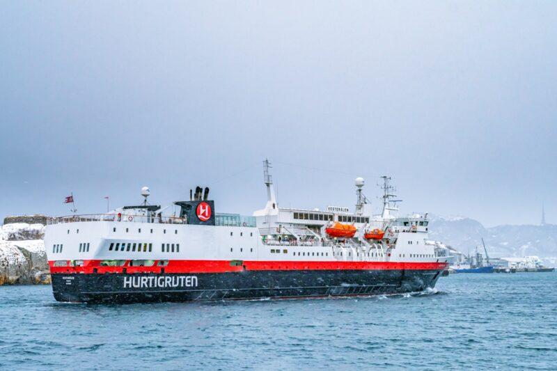 Arrival of the MS Vesterålen from Hurtigruten in Bodø