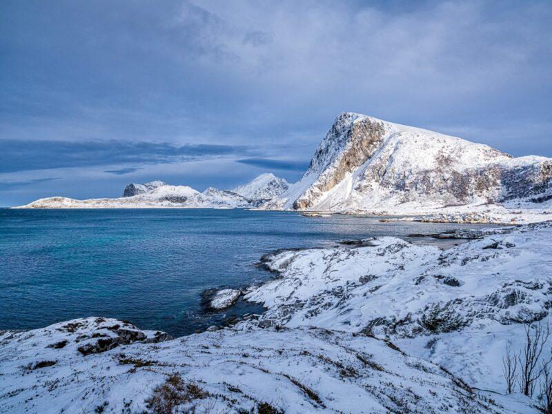 Mount Offersøykammen stands in sunlight