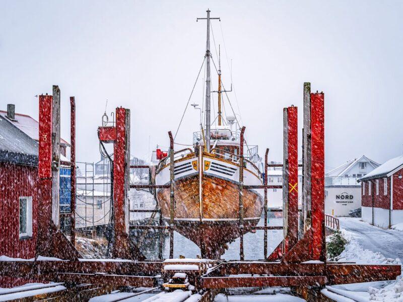 Heavy snowfall over dock yard